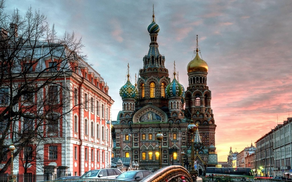 magnificent orthodox church in moscow