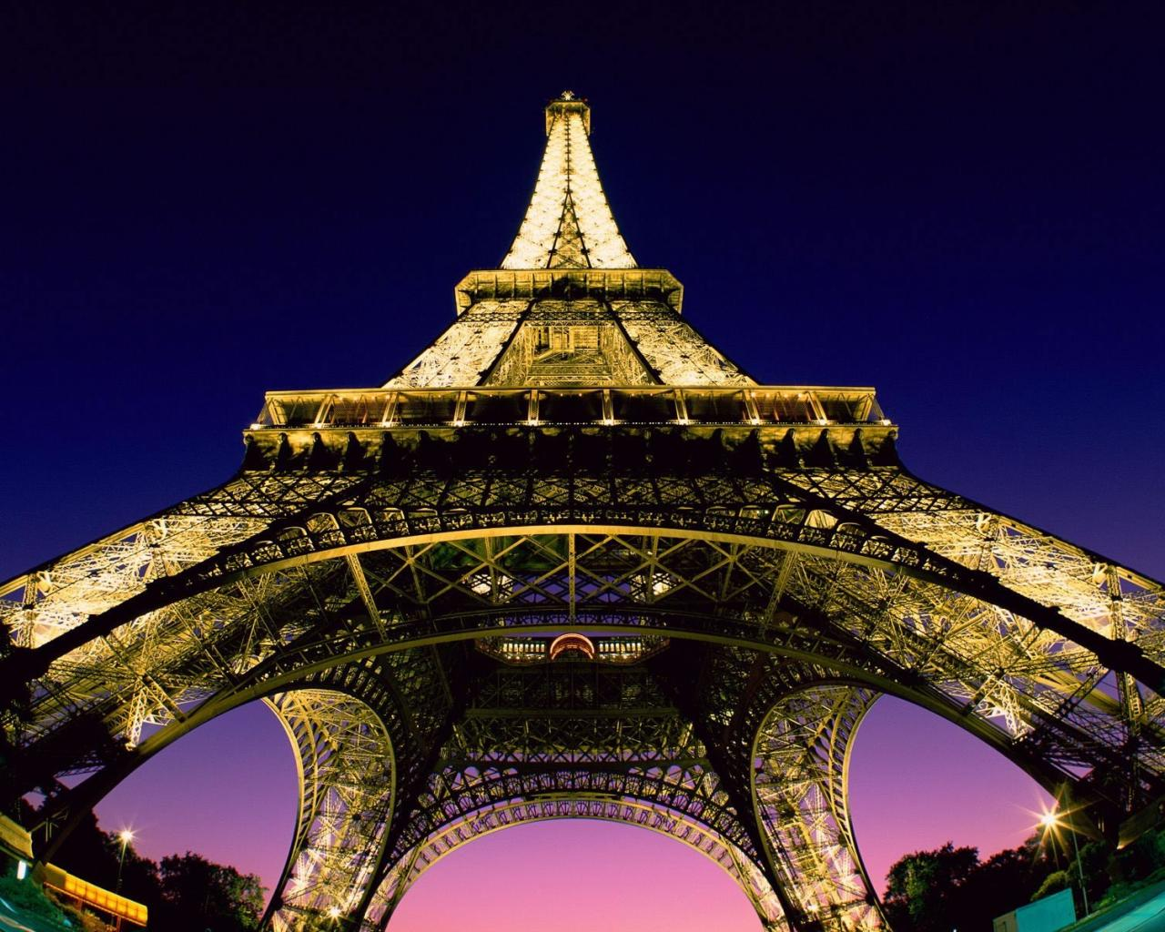 eiffel-tower 1280 x 1024