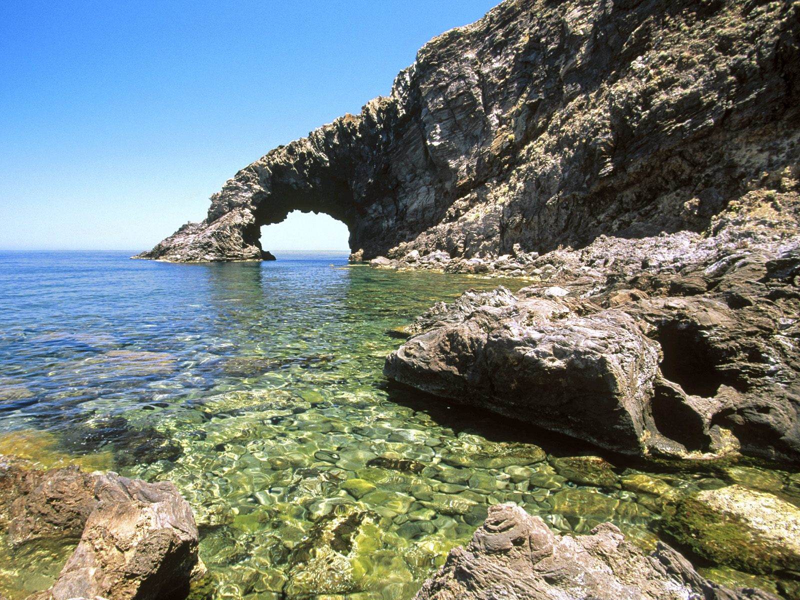 Arco Italy  city images : Arco del'Elefante Pantelleria Island Sicily Italy picture, Arco del ...