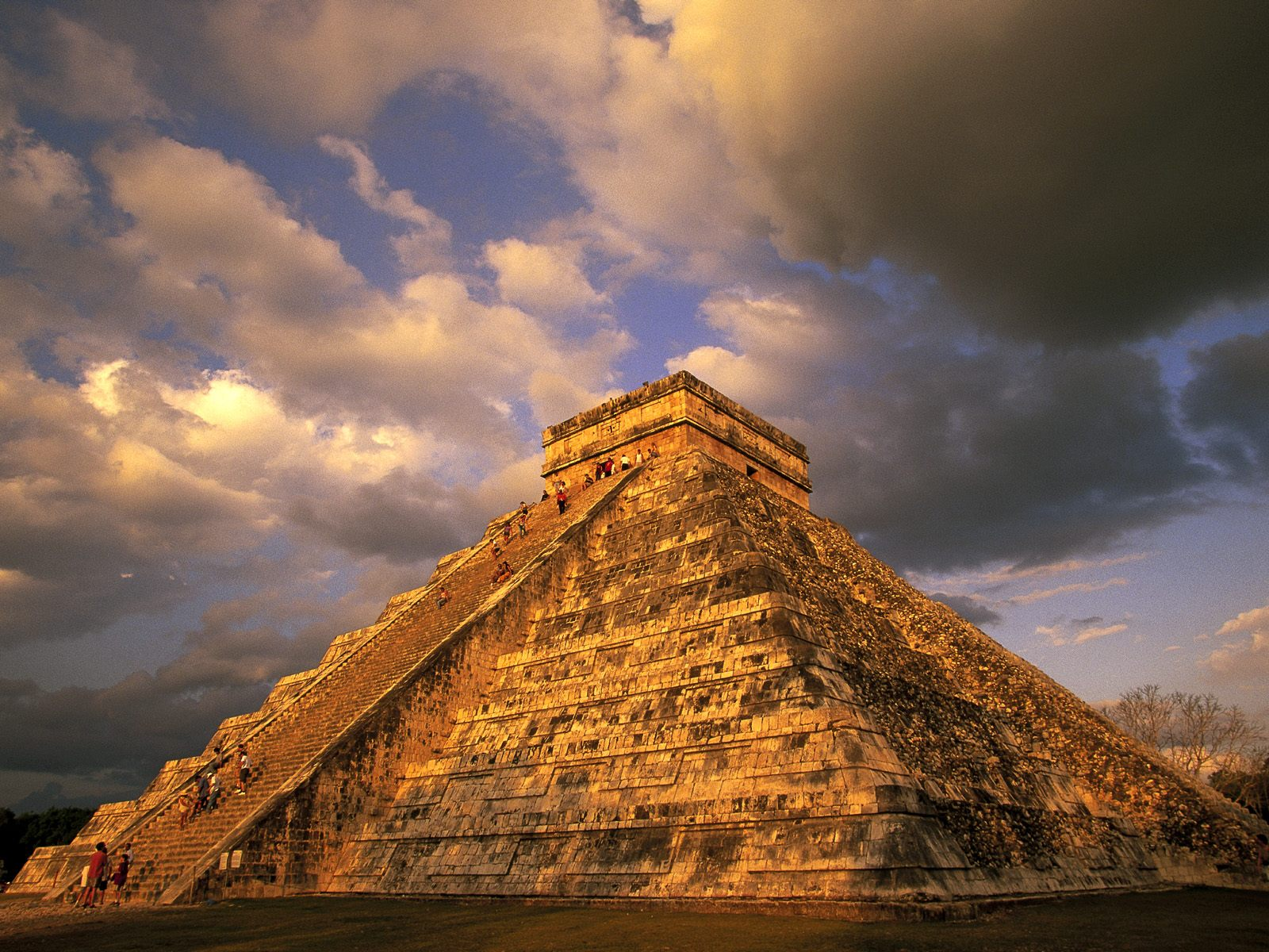 Ancient Mayan Ruins Chichen Itza Mexico picture, Ancient Mayan ...