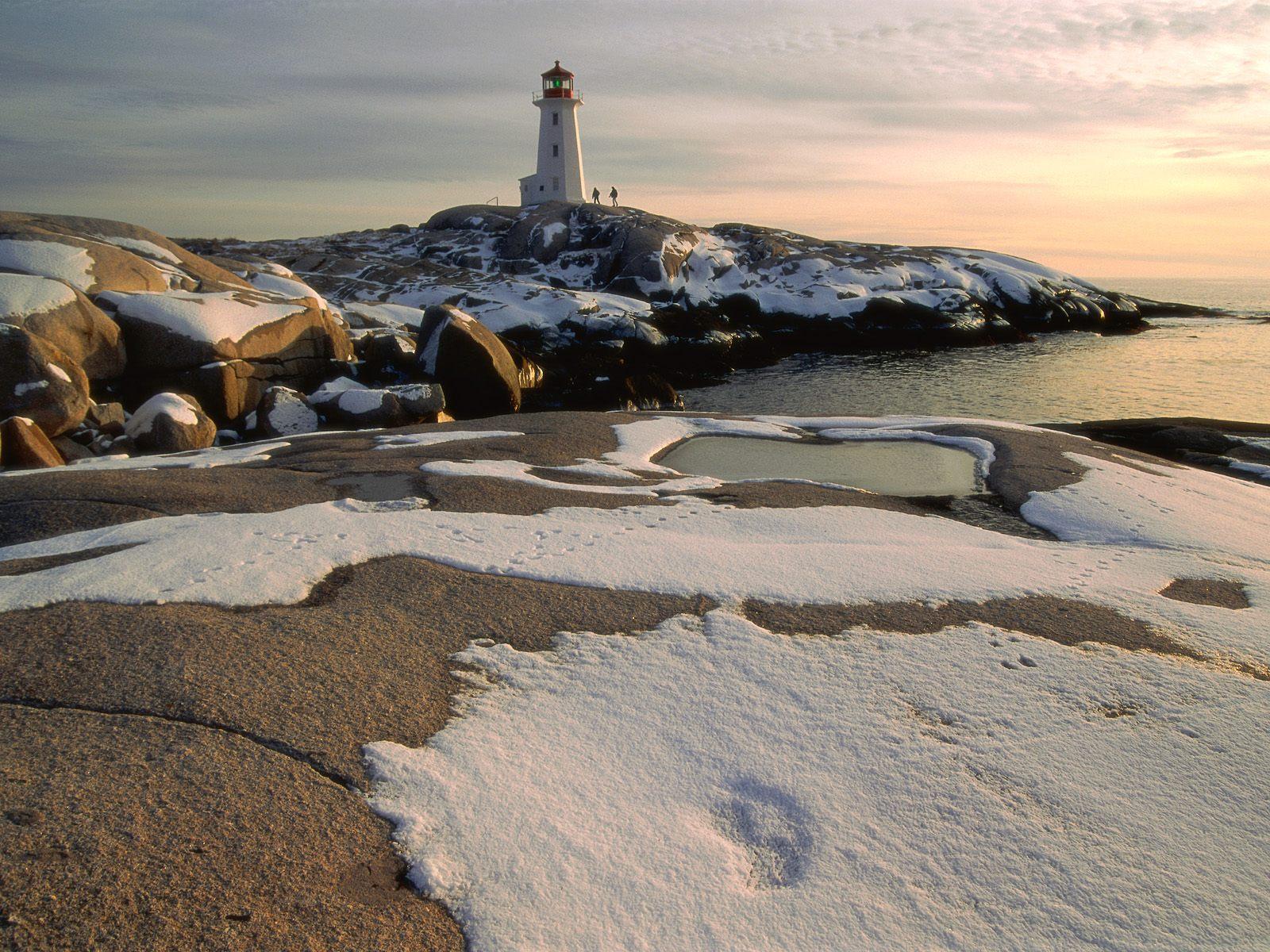 Peggy's_Cove_St._Margaret's_Bay_Nova_Scotia.jpg