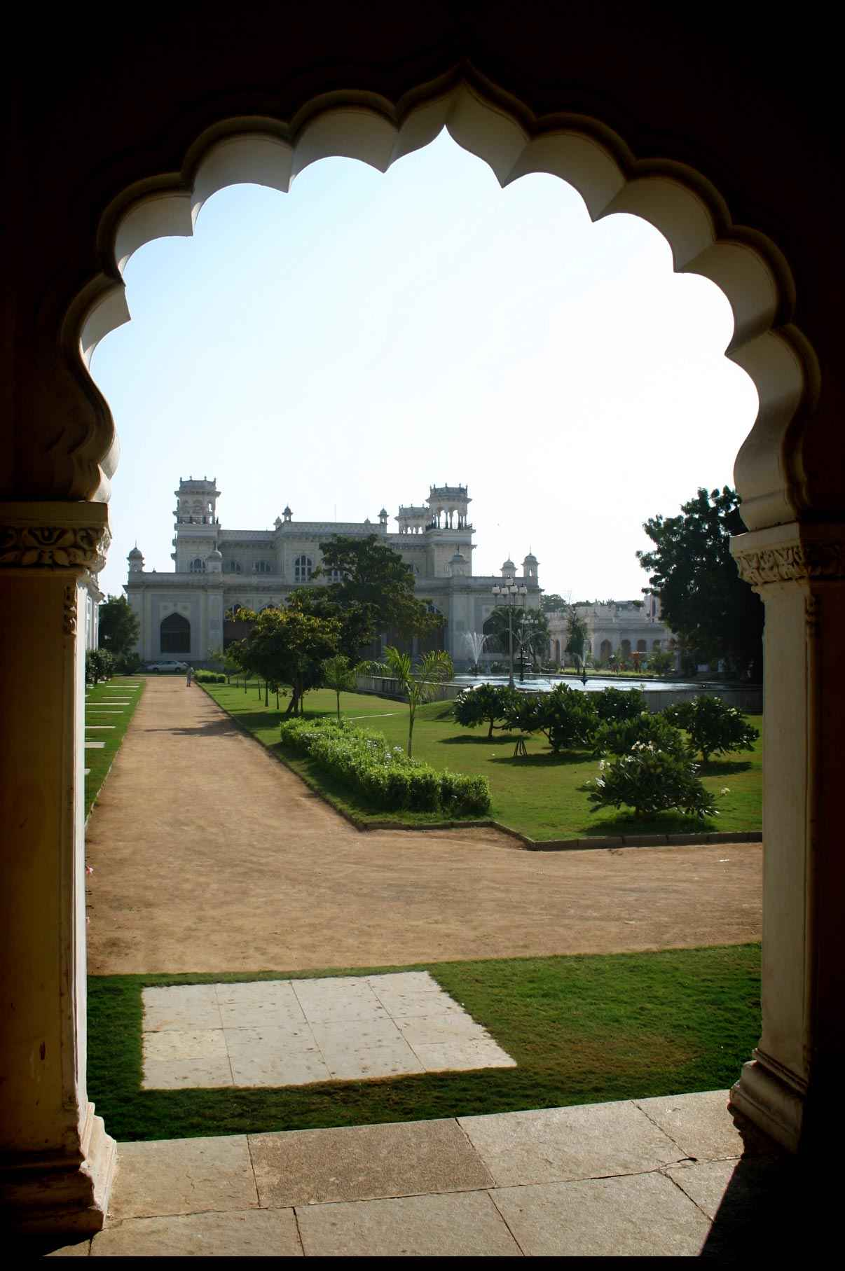 khilwat_palace_located_in_Old_hyderabad_city_a_nizam's_palace_2.jpg
