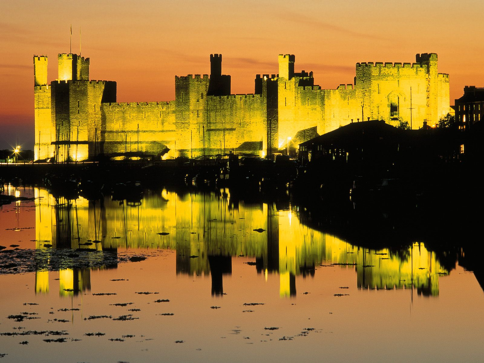 Caernarfon United Kingdom  City pictures : Wales United Kingdom postcard, Caernarfon Castle Wales United Kingdom ...