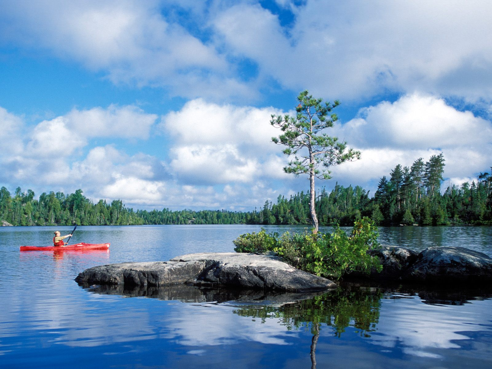 Kayaking in Boundary Waters Canoe Area Wilderness Minnesota