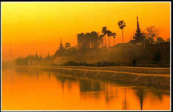 pictures city wallpapers burma 561 x 364 picture top city pictures ...