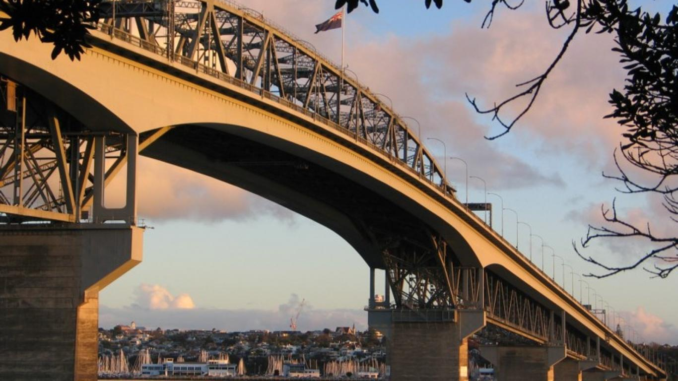 Harbour Bridge 1366 x 768