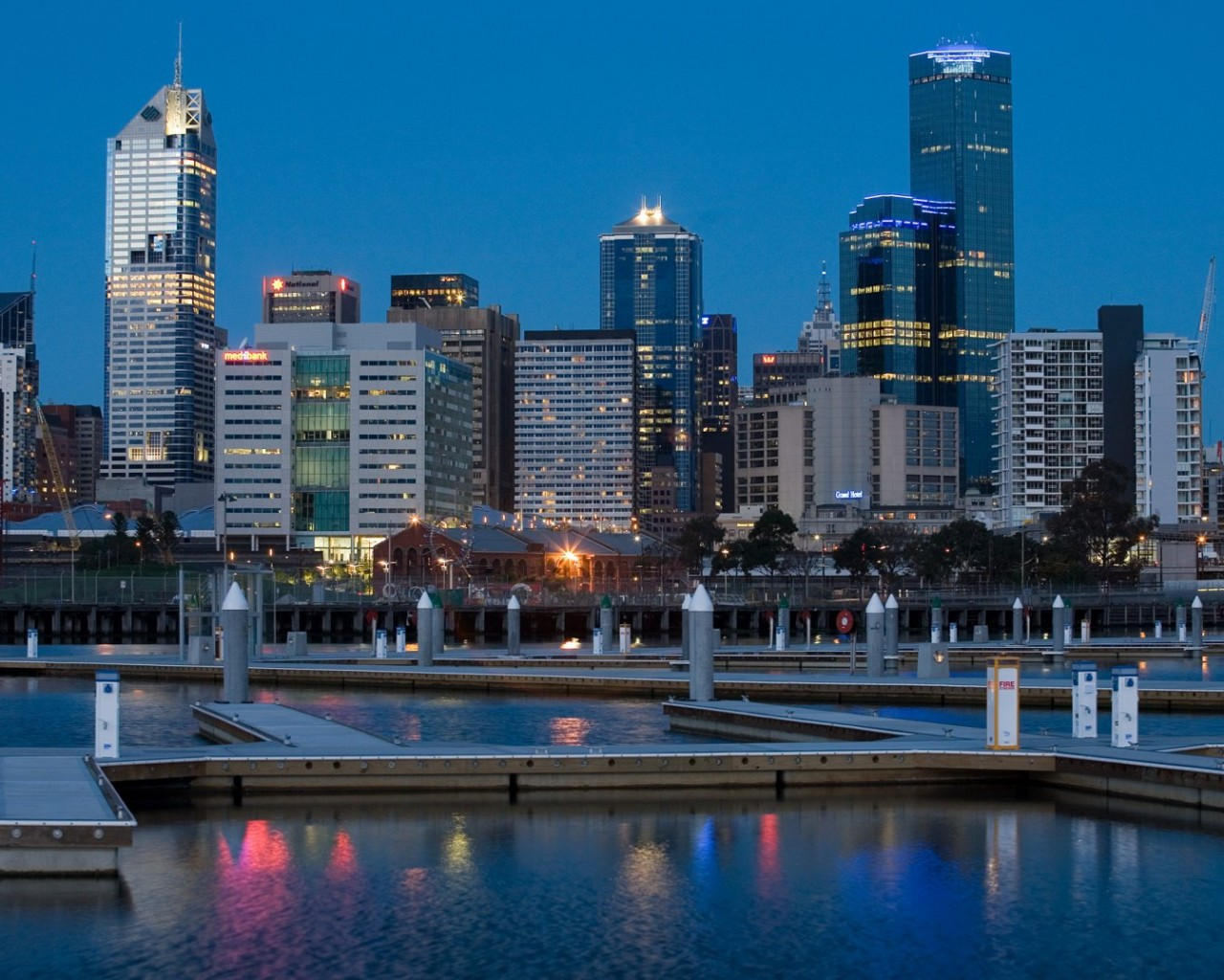 melbourne docklands 1280 x 1024